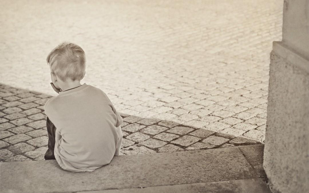 Arriva l'estate ed aumenta il rischio solitudine dei ragazzi. Le 5 S di telefono azzurro